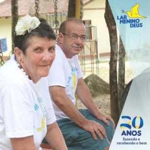ref_a_larmeninodeus_campanha_20anos_facebook_posts_3